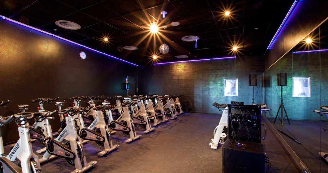 Alles über Fitness First Fitnessstudios - Preise, Gutscheine ...